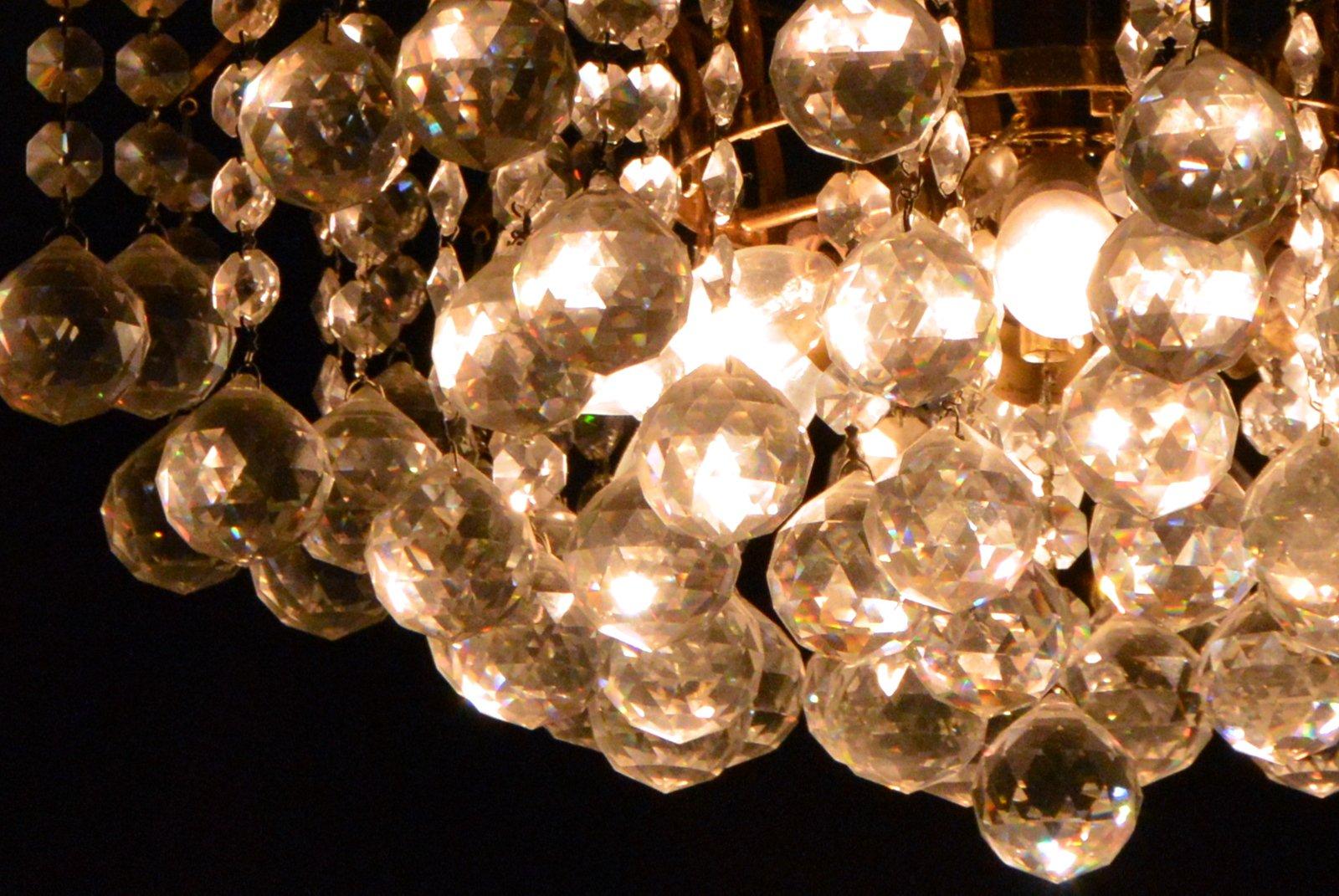Indoor lighting electricians Crofton