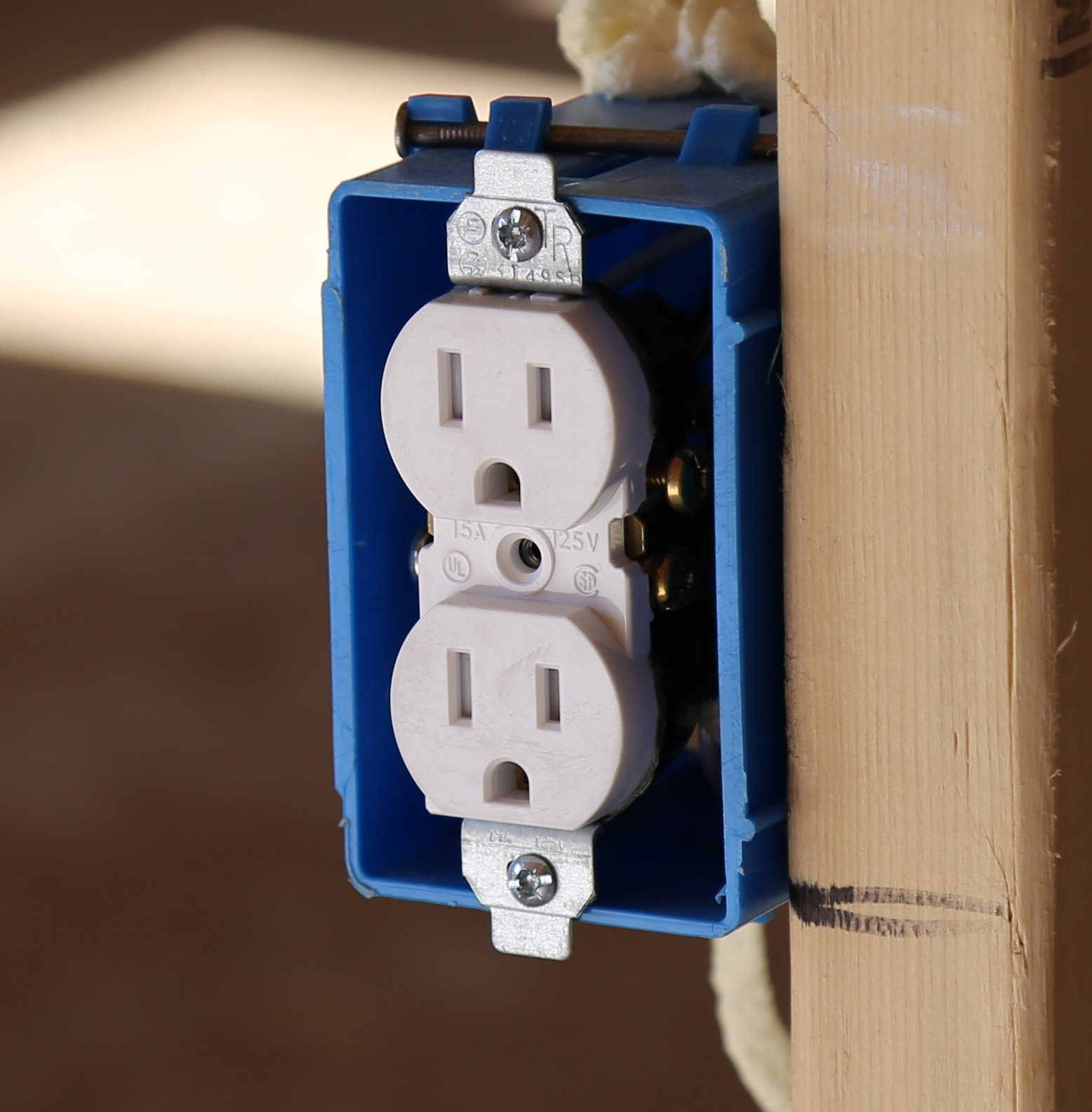Crofton Electrician Outlet Install